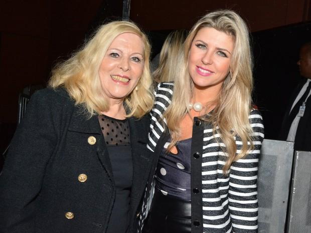 Vanussa e Iris Stefanelli em show em São Paulo (Foto: Caio Duran/ Ag. News)