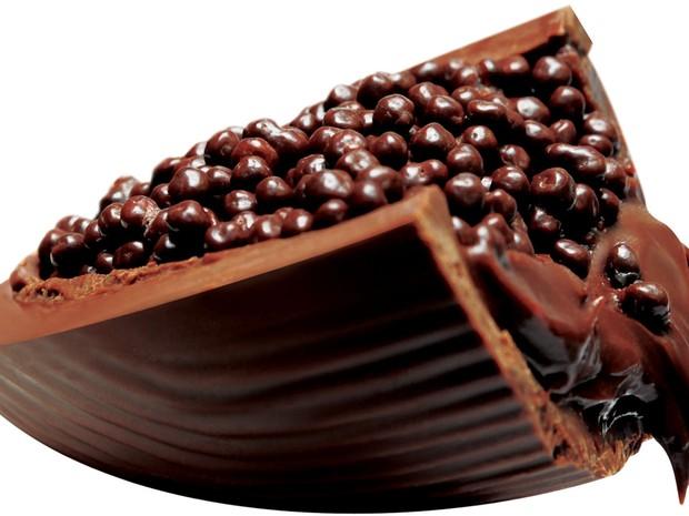 O destaque da Munik para a Páscoa deste ano é o Ovo de Colher Avelã. É elaborado com uma casca de chocolate ao leite recheado com creme de avelã. É acompanhado de uma colher personalizada, em embalagem de 180 gramas. Preço: R$ 24,80.  (Foto: Divulgação/Munik)