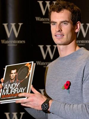Tênis Livro Andy Murray  (Foto: AFP)
