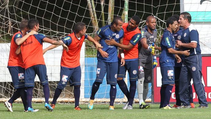 Aparecidense x Atlético-GO Goianão 2014 (Foto: Benedito Braga/O Popular)