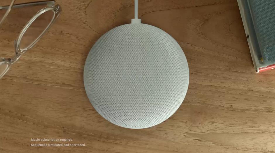 google home mini, som, portátil, (Foto: Reprodução/YouTube/Made by Google)