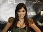 Anitta faz show e celebra sucesso de vendas: 'Hoje é pra comemorar'