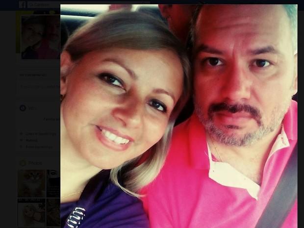 Gislaine Carvalho de Oliveira  foi morta pelo marido Júnior Roberto Ferreira (Foto: Reprodução/Facebook)