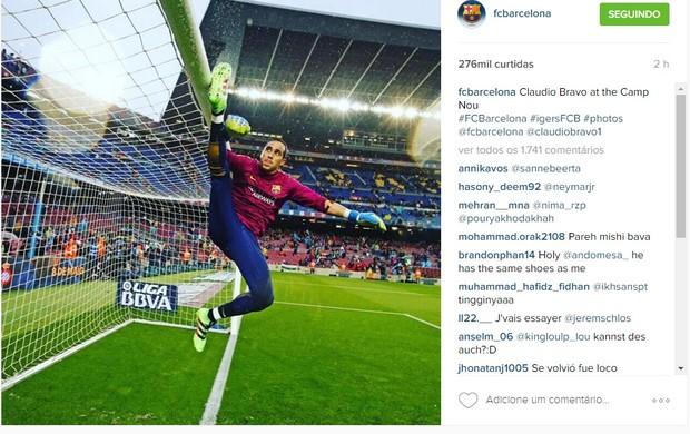 BLOG: Pelo Instagram, Barça mostra elasticidade impressionante do goleiro Claudio Bravo