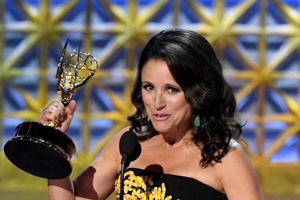 A grande vencedora Julia Louis-Dreyfuss (Foto: Getty Images)
