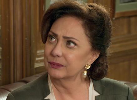 Anastácia fica arrasada ao saber que Candinho era maltratado