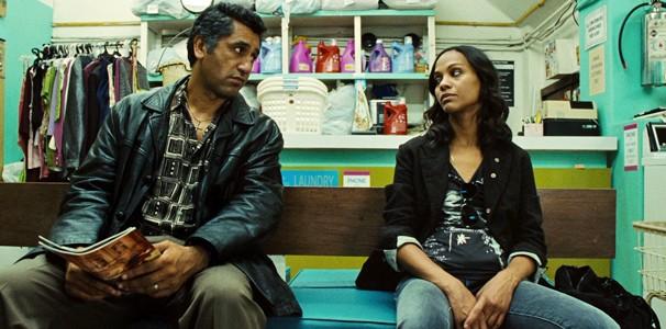 Na produção de 2011, quem treina a protagonista é seu tio Emilio (Cliff Curtis)  (Foto: Divulgação/Reprodução)