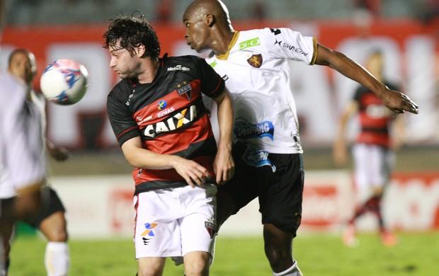 Atlético-GO x Sport - Série B 2013 - Serra Dourada (Foto: Cristiano Borges / O Popular)