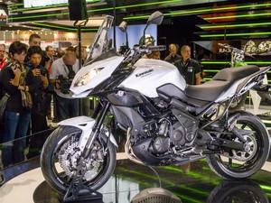 Nova Versys 650 foi revelada pela Kawasaki (Foto: Divulgação)