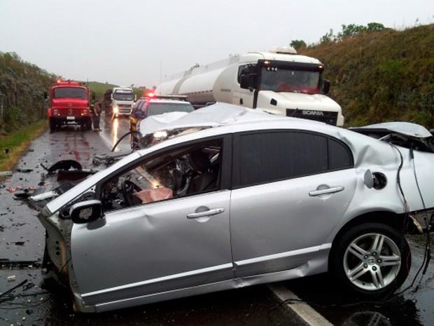Sete pessoas morreram em acidente entre três carros em Soledade (Foto: Rádio Soledade AM 1550)