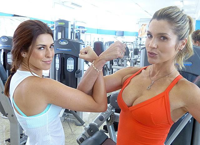 UFC de gatas! A dupla 'finge' rivalidade (Foto: Salve Jorge/TV Globo)