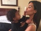 Kim Kardashian é 'maquiada' pela filha, North West