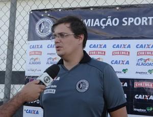 Leonardo Novaes, fisioterapeuta do ASA (Foto: Leonardo Freire/GloboEsporte.com)