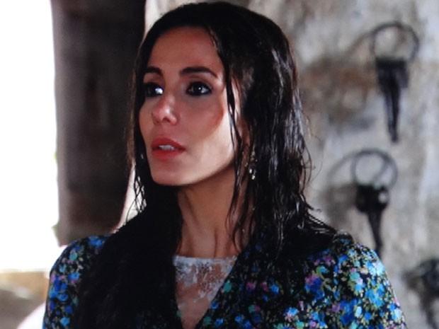 Ayla tenta se explicar com Zyah (Foto: Salve Jorge / TV Globo)