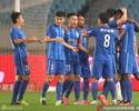 Com gols de Jô e Ramires, Jiangsu Suning vence e encosta na liderança