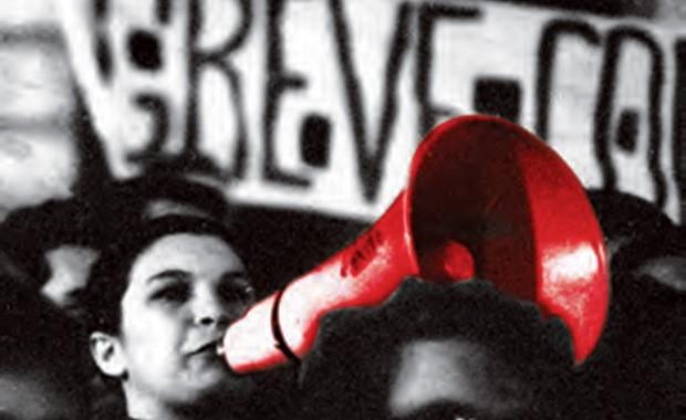 """A LÍDER ESTUDANTIL CATARINA MELONI EM PASSEATA. MAIS TARDE, ELA ESCREVERIA O LIVRO""""1968: O TEMPO DAS ESCOLHAS"""" (Foto: Jesus Carlos (Imagem Global))"""