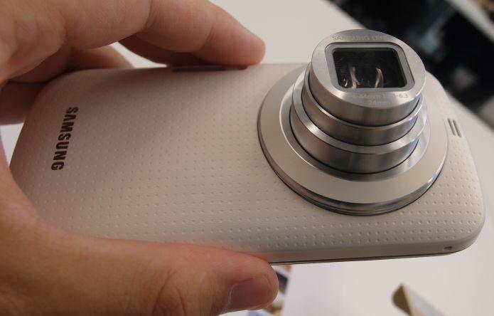 Zoom ótico da câmera do Galaxy K Zoom (Foto: Pedro Zambarba/TechTudo)