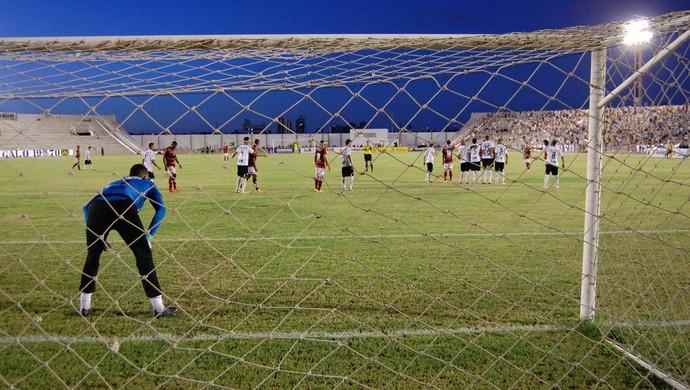 Campinense x Treze, Amigão (Foto: Silas Batista / GloboEsporte.com)
