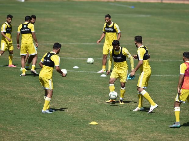 Seleção do Iraque durante treino no Setor de Clubes Sul, em Brasília (Foto: Andre Borges/Agência Brasília)