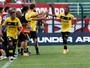 Silas confirma reforços, exalta jovens e repensa ceder Lucas Lovat ao Grêmio