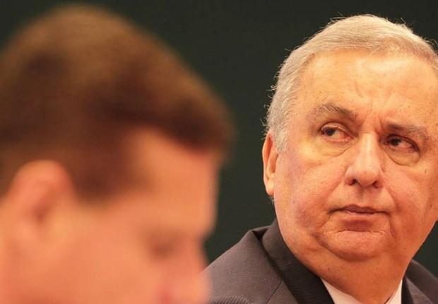 O pecuarista José Carlos Bumlai depõe na CPI que investiga favorecimento de sua empresa pelos governos Lula e Dilma em 2015 (Foto: Ailton de Freitas/Agência O Globo)