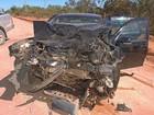 Acidente deixa três feridos no oeste da BA; carros ficaram destruídos