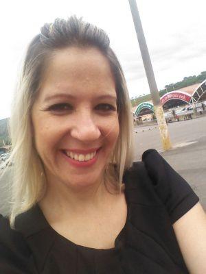 Fernanda mora em Guarujá e está desaparecida desde o dia 14 (Foto: Arquivo Pessoal)