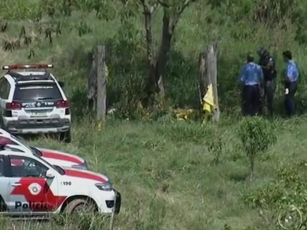 Polícia encontrou corpo da menina morta em fazenda (Foto: Reprodução/TV TEM)