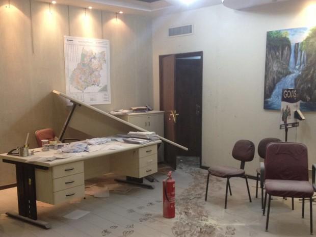 Seduce foi invadida e polícia diz que houve depredação da sede Goiânia Goiás (Foto: Divulgação/PM)