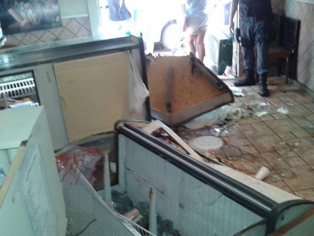Homem destruiu pizzaria Mamma Rosa inconformado com ausência de máquina de cartão na entrega (Foto: Romulo Mathias/Arquivo pessoal)