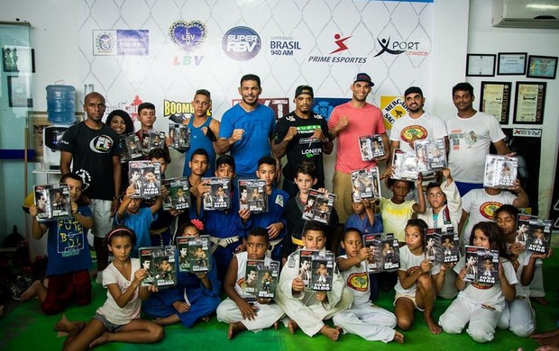 BLOG: Minotauro visita projeto social de Alan Nuguette no Rio de Janeiro