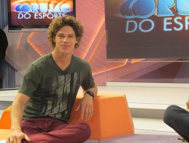 O ator José Loreto no Corujão do Esporte (Foto: Daniel Cardoso (Globoesporte.com))