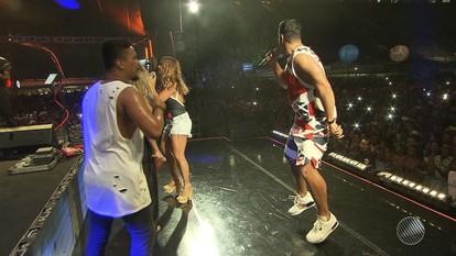 Ensaio do Harmonia do Samba reúne estrelas da música em Salvador