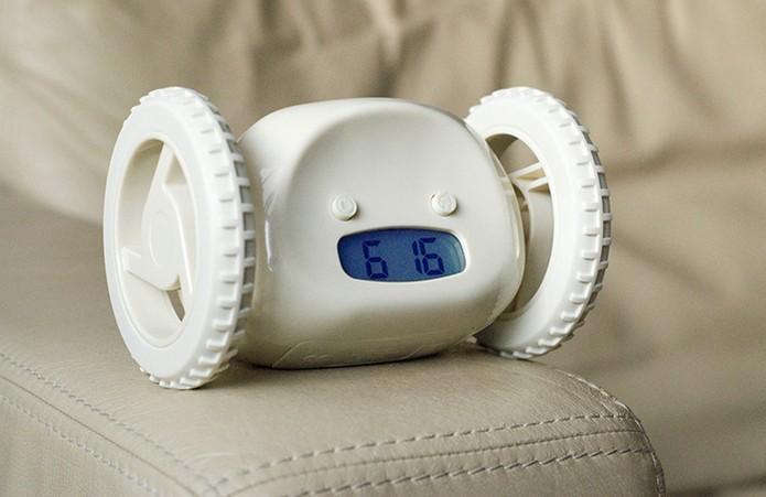 Clocky é um alarme que sai rolando pela casa (Foto: Divulgação/Nanda Home)