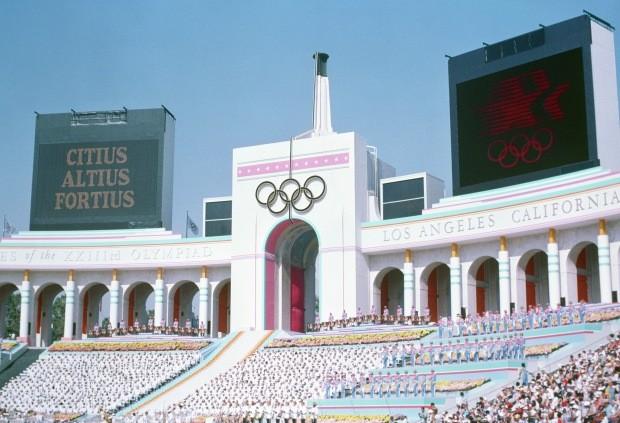Cerimônia de abertura dos Jogos Olímpicos de Los Angeles, em 1984 (Foto: Reprodução)