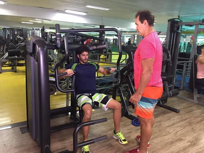 Saiba a diferença entre as séries de treinos anabólicos e metabólicos  (Foto: TV Sergipe)