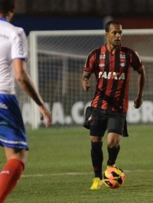 Bruno Silva Atlético-PR (Foto: Gustavo Oliveira / Site oficial do Atlético-PR)