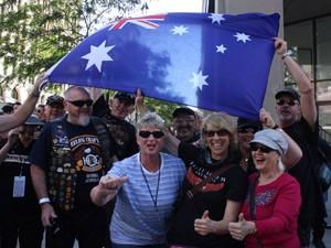 Australianos em Milwaukee (Foto: Rafael Miotto/G1)