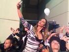 Valesca mistura funk, Xuxa e Safadão e brilha com 'selfies' na Virada Cultural
