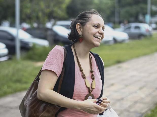 A psicóloga Claudia Scarmagnani, de 30 anos, decidiu fazer a primeira fase da Fuvest mesmo em meio a um tratamento de câncer (Foto: Vagner Campos/G1)