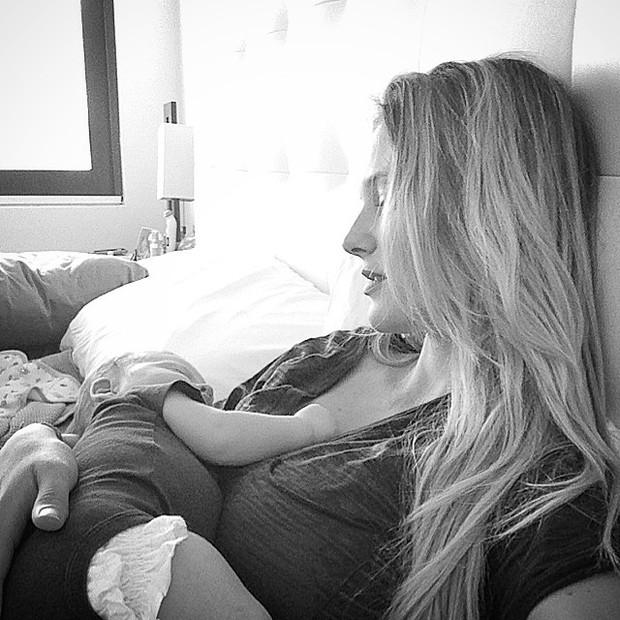Fabiana Semprebom com o filho, Juan Semprebom Cañas (Foto: Reprodução do Instagram)