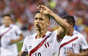 Com Guerrero no banco, Peru vence  El Salvador em teste antes da estreia