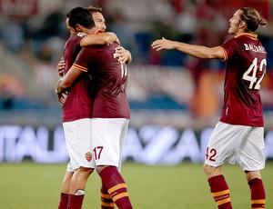 Totti comemoração Roma contra Bologna (Foto: Reuters)