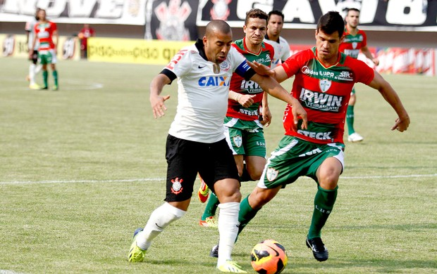 Emerson jogo Corinthians e Portuguesa (Foto: Moisés Palácios / Futura Press)