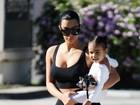 Kim Kardashian e Kanye West querem batizar filha em Israel, diz site