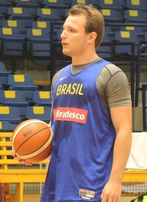 Rafa Luz treino seleção brasileira basquete Hebraica (Foto: David Abramvezt)