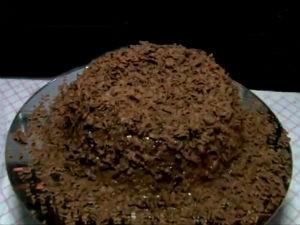 Bolo de milho com cobertura de chocolate  (Foto: Reprodução/TV Gazeta)