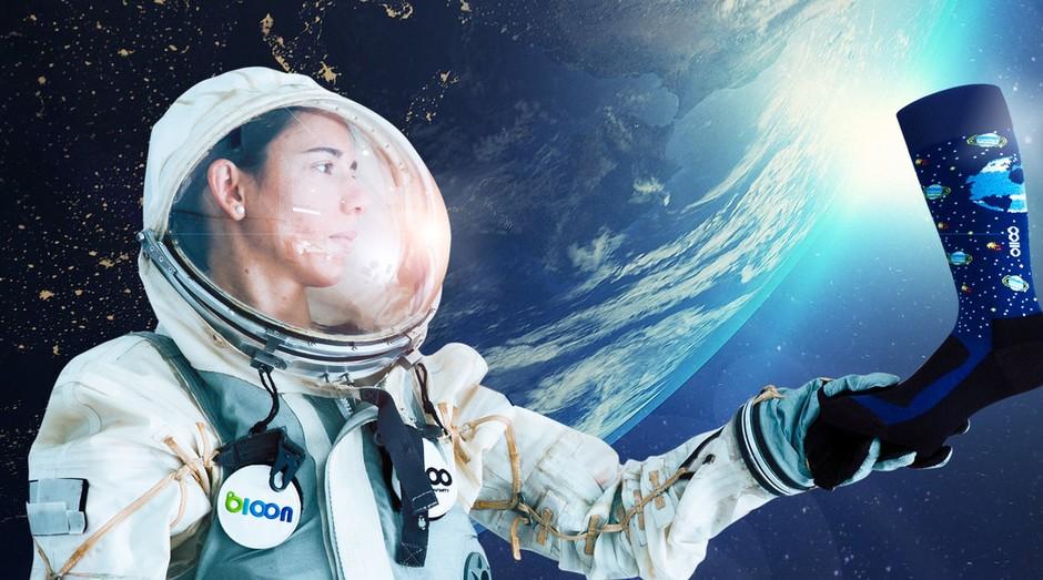 Empresa Socks'M desenvolveu meias antigravidade próprias para viagens espaciais (Foto: Divulgação)