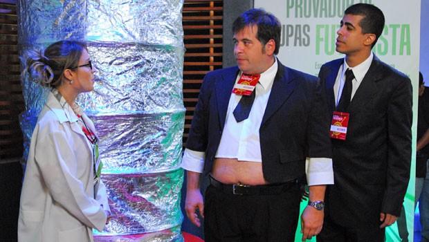 Uma feira de invenções de alta tecnologia é o palco para as trapalhadas de Pedrão (Marcius Melhem) e Jorginho (Leandro Hassum) (Foto: Globo)
