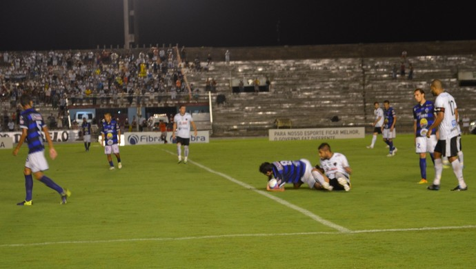 Botafogo-PB x Atlético-PB, Estádio Almeidão,  (Foto: Hévilla Wanderley / GloboEsporte.com/pb)